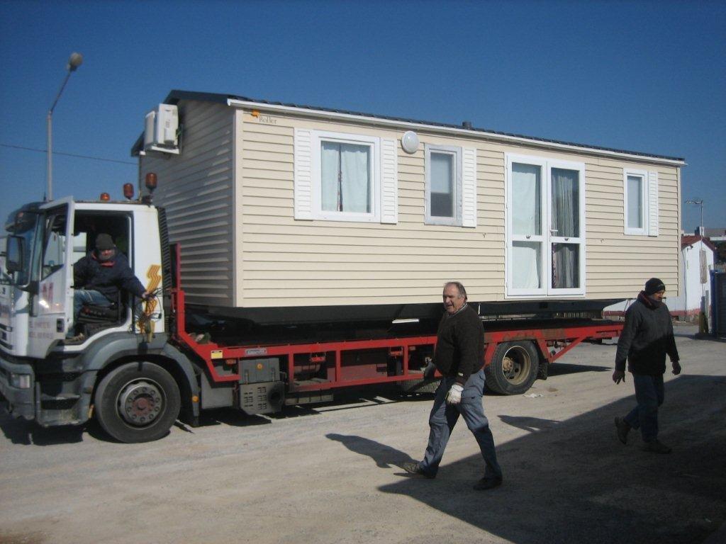Transporte de módulos y bungalows 6