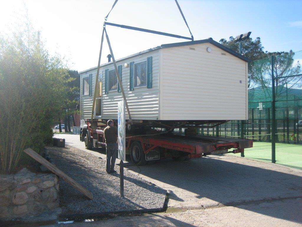 Transporte de módulos y bungalows 8