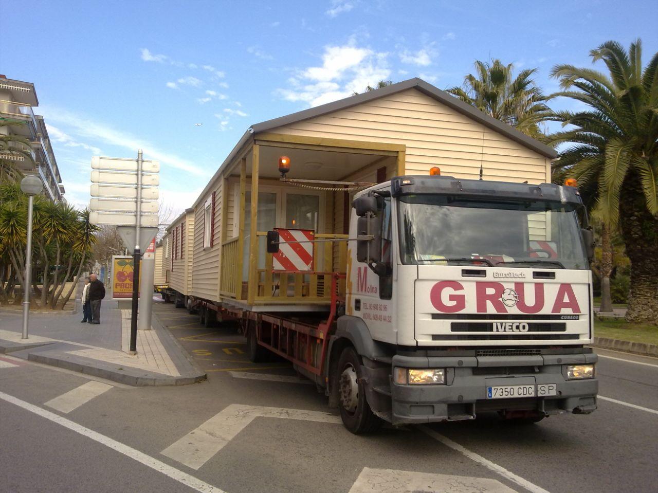 Transporte de módulos y bungalows 1